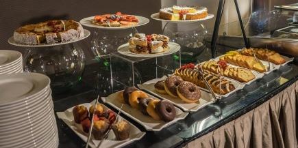 breakfast-buffet-1146250_960_720.jpg